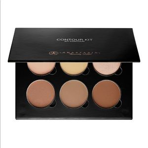 Anastasia Beverly Hills Contour Kit Light Medium